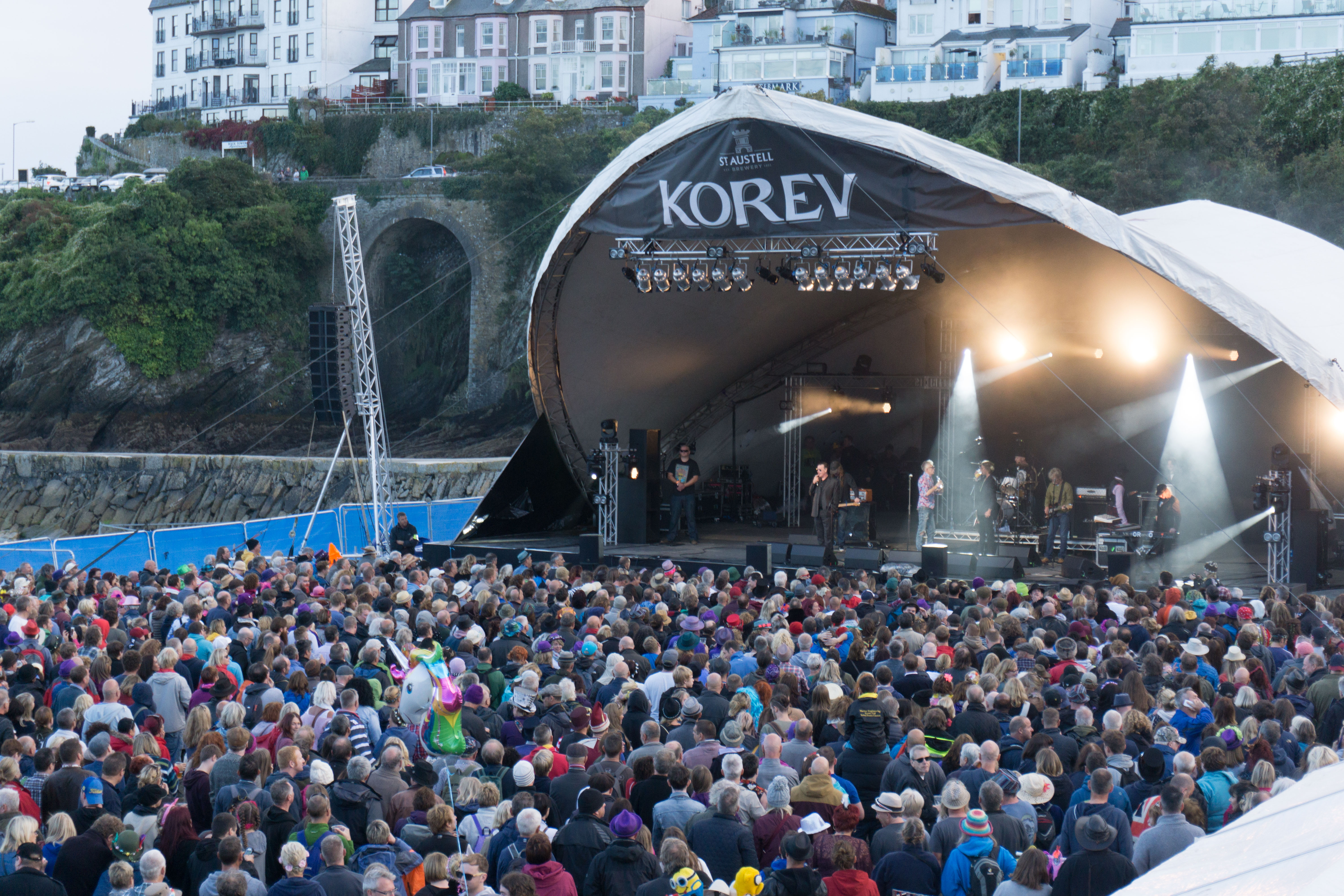Main-Stage-Looe